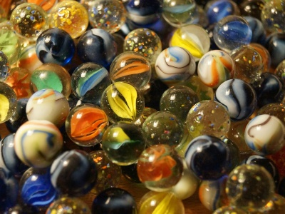 marbles-628820_400x300